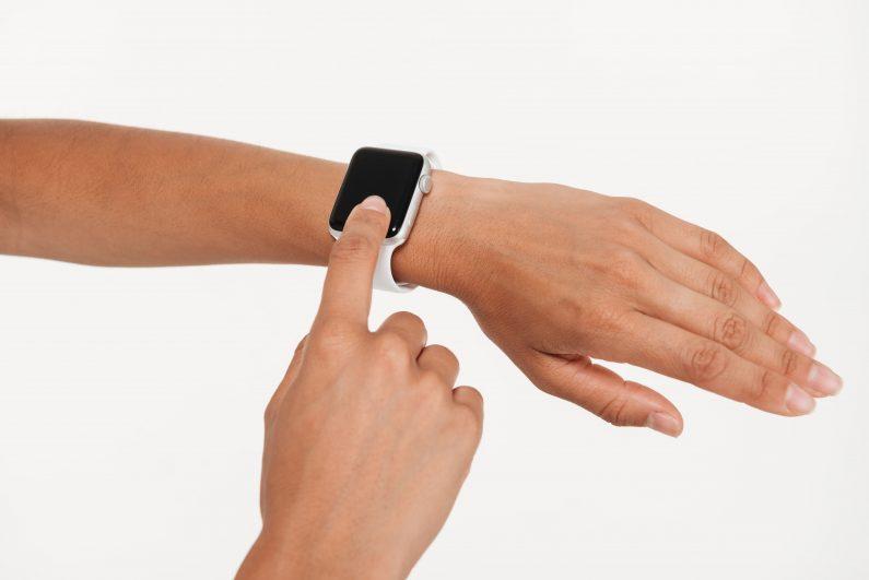 Выбираем ремешок для умных часов от Apple