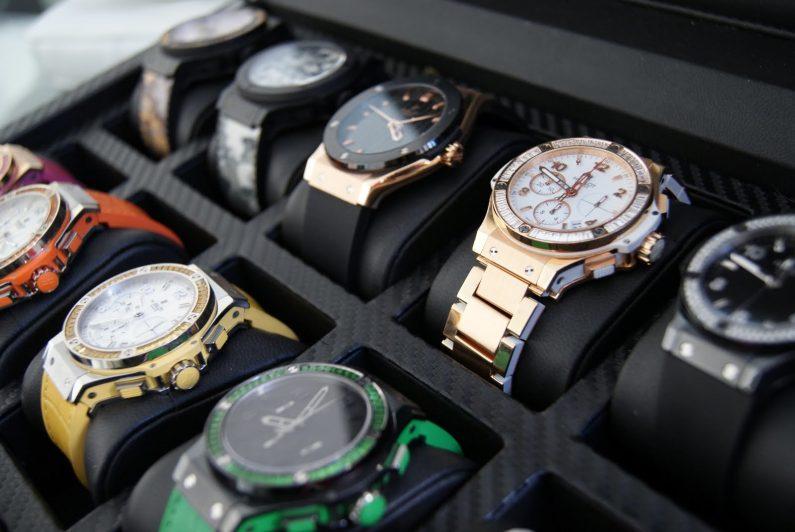 Какие часы выбрать