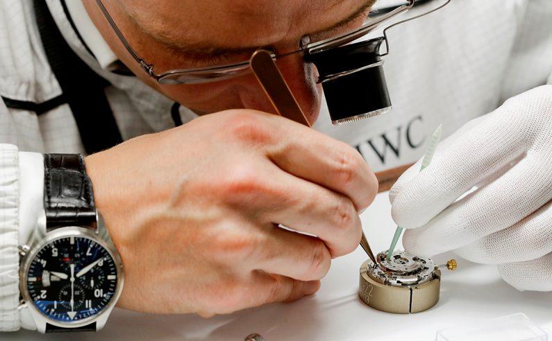 Коронавирус повлиял на экспорт швейцарских часов